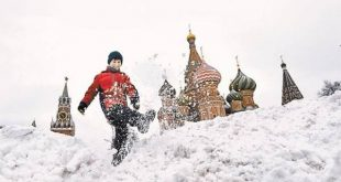 Опекунство, технопарки и каршеринг. Сергей Собянин отвечает читателям «АиФ»